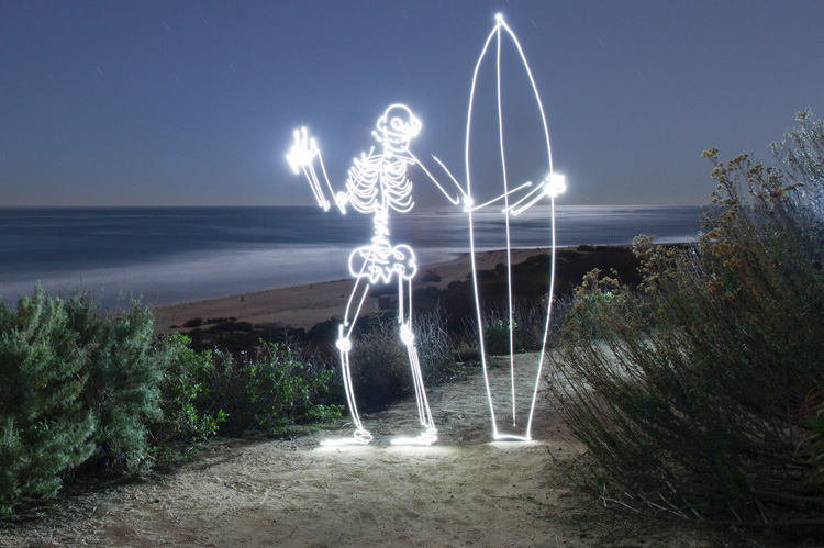Light-Paintings-Darren-Pearson-Skeleton-Surfboard-San-Onofre